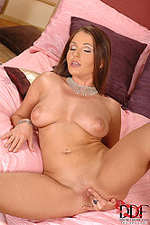 Nelly Sullivan