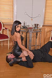 Cathy Heaven in 'Kinkster's Double Humiliation'