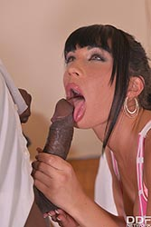 Valentina Ricci in 'Interracial Escort Satisfaction'