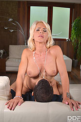 Tiffany Rousso in 'Virtual Step Mom Fantasy'
