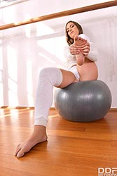 Alyssa Reece in 'Footjob Workout in the Gym'