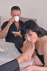 Damaris in 'Fisted, Spanked & Penetrated'