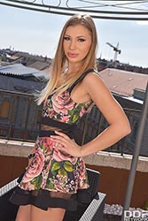 Vyvan Hill in 'Rooftop Blowjob'