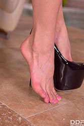 Christina Shine in 'Blonde Stunner's Hot Foot Play'