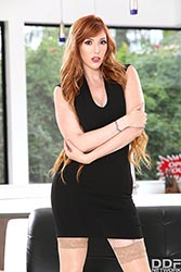 Lauren Phillips in 'Real Estate Agent Fucked Balls Deep'