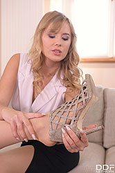 Alecia Fox in 'Two Slim Blondes And A Vibrator'