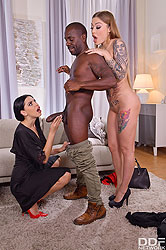 Kira Queen in 'Black Friday Hardcore Threesome'